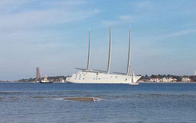 """""""A"""" wie """" ACQUA"""" ? Die größte Segelyacht der Welt in Kiel: """"White Pearl"""""""